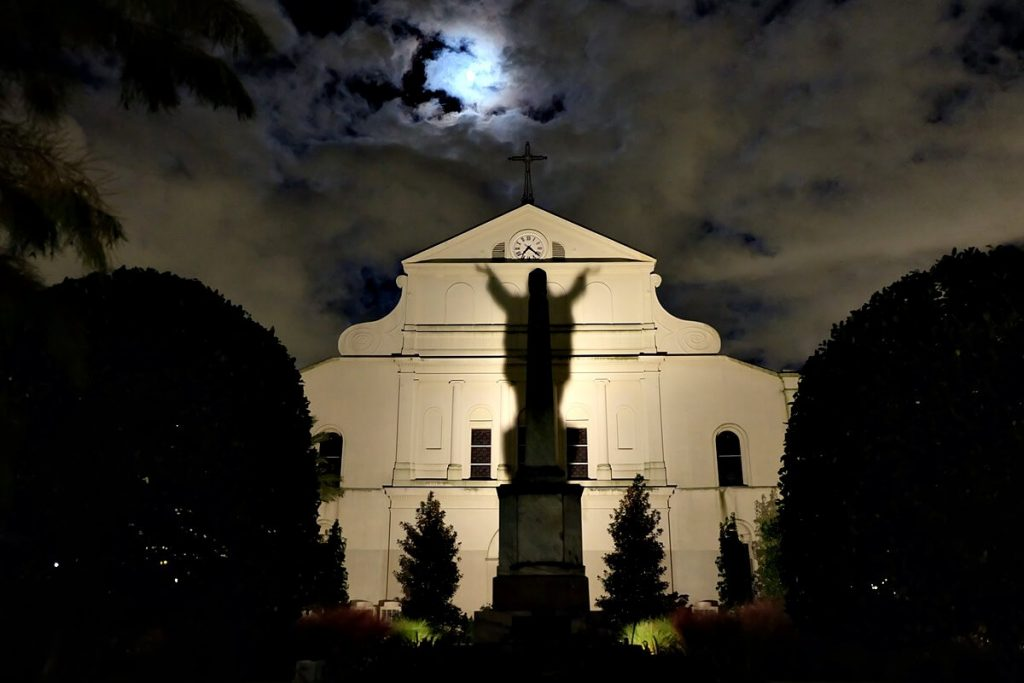 things to do in new orleans - ghost stories