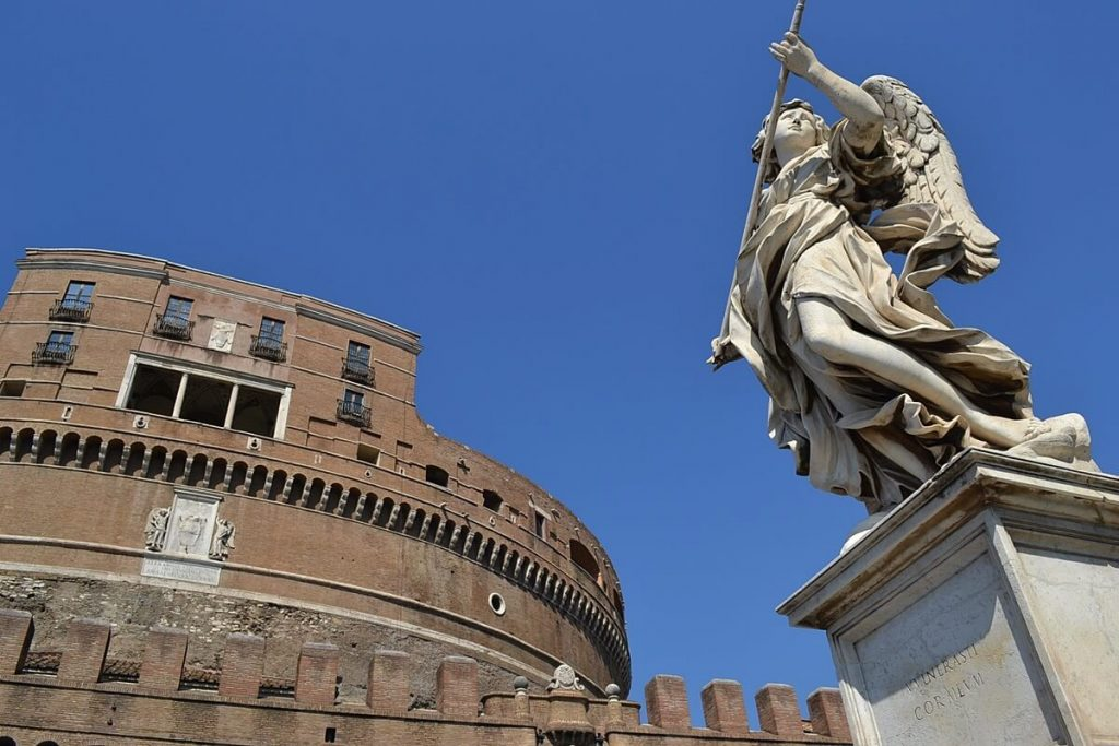 Rome Solo Travel Tips -- Castel Sant'Angelo