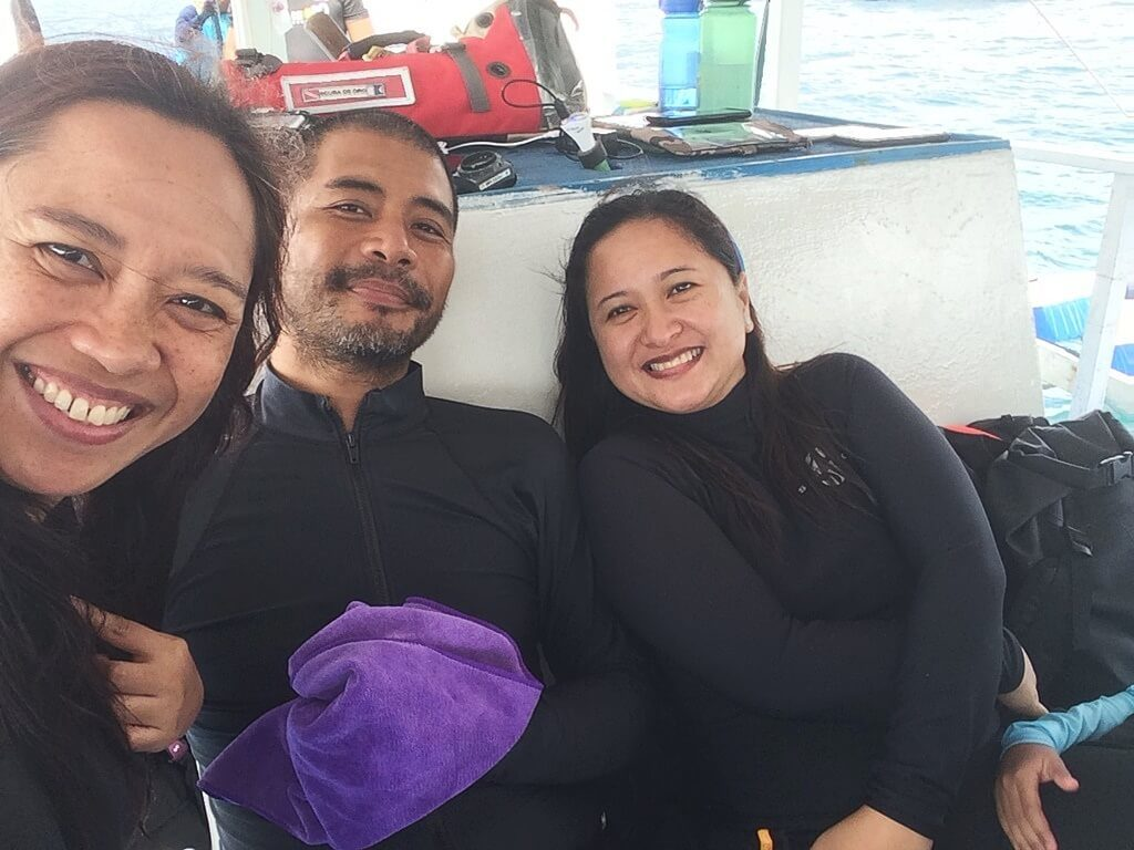 diving with scuba de oro and DOT 10 RD Mae